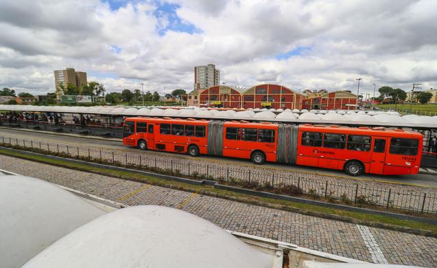 telhado capão raso terminais de ônibus
