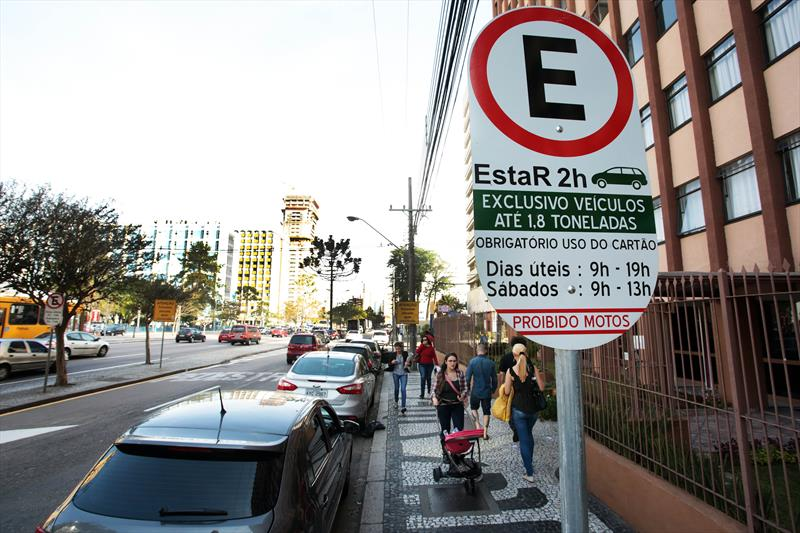 Vagas do Estacionamento Regulamentado em Curitiba