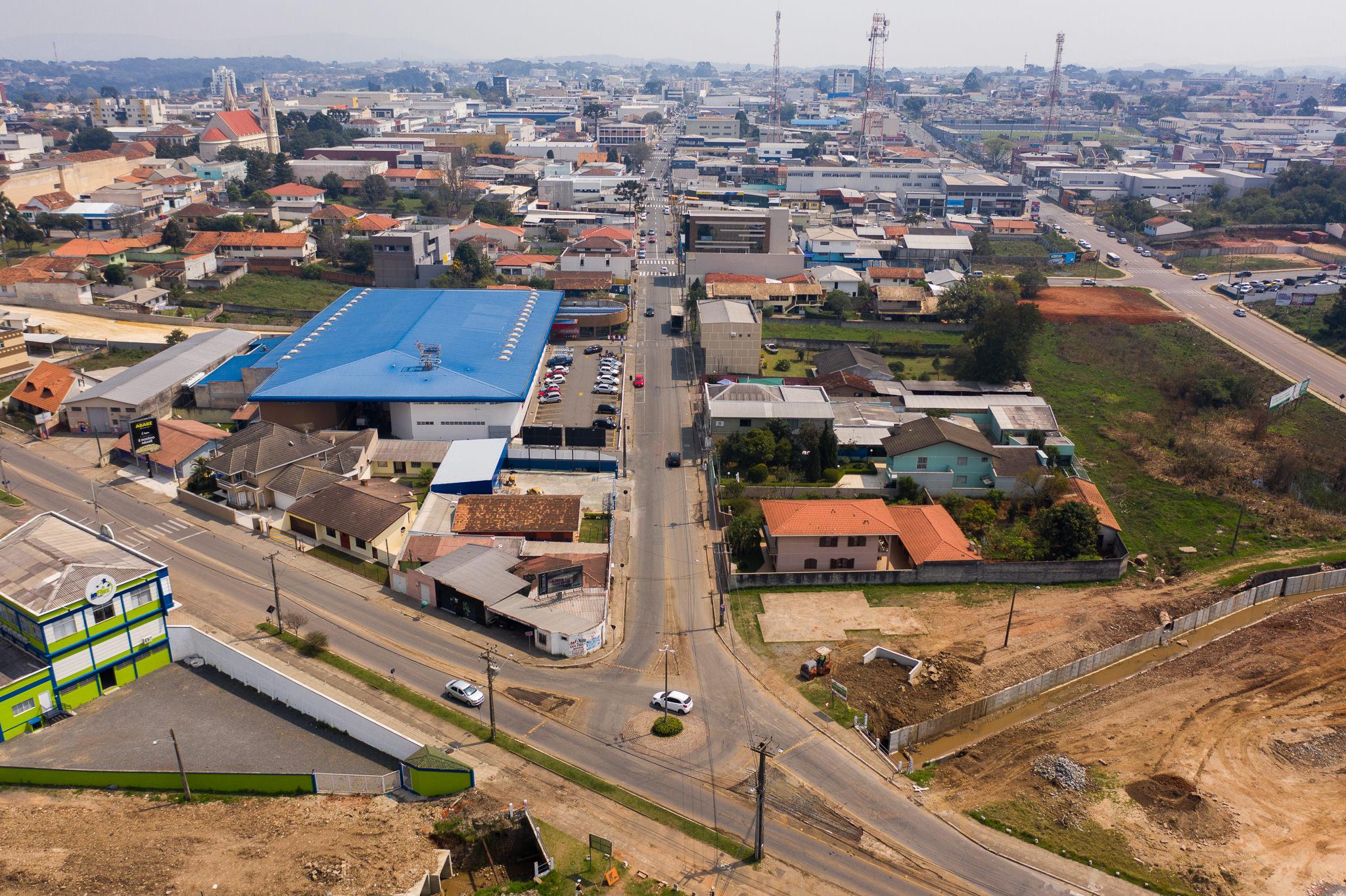Trânsito em Campo Largo Rua Xavier da Silva