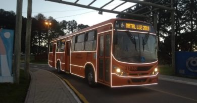 Eventos natalinos Ônibus natalino Fazenda Rio Grande