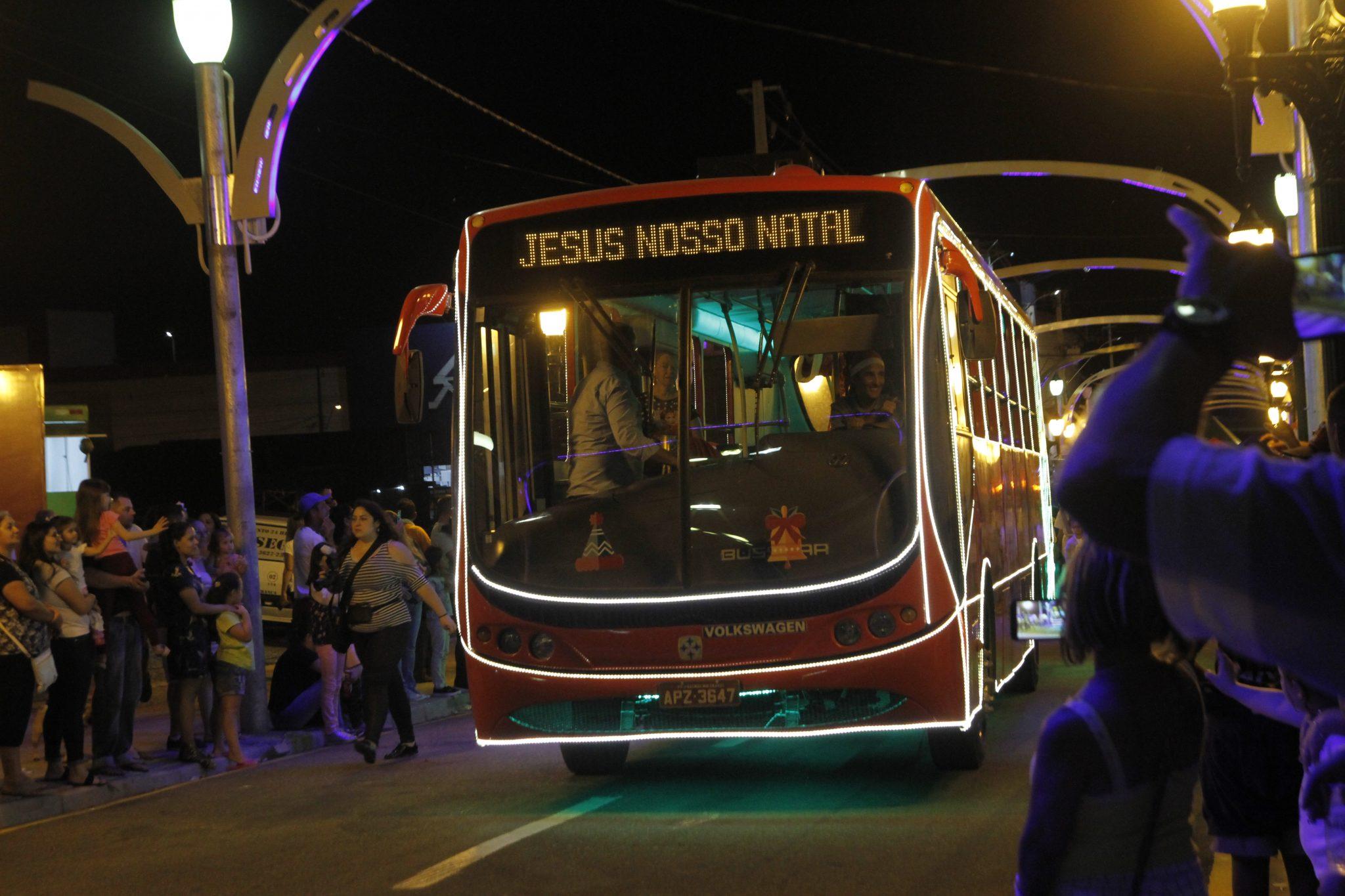 Ônibus natalino em Fazenda