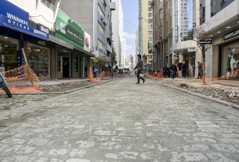 Rua Voluntários da Pátria em Curitiba