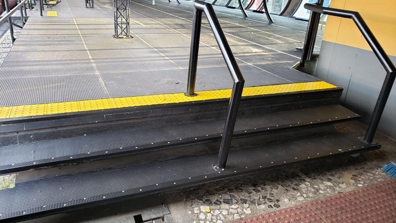 Terminal Capão Raso escadas