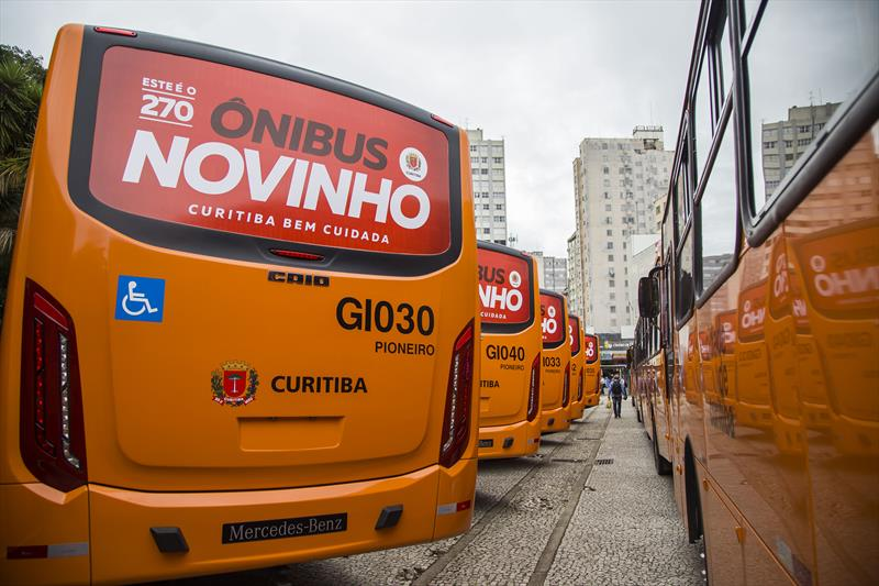 Ônibus novinhos em Curitiba