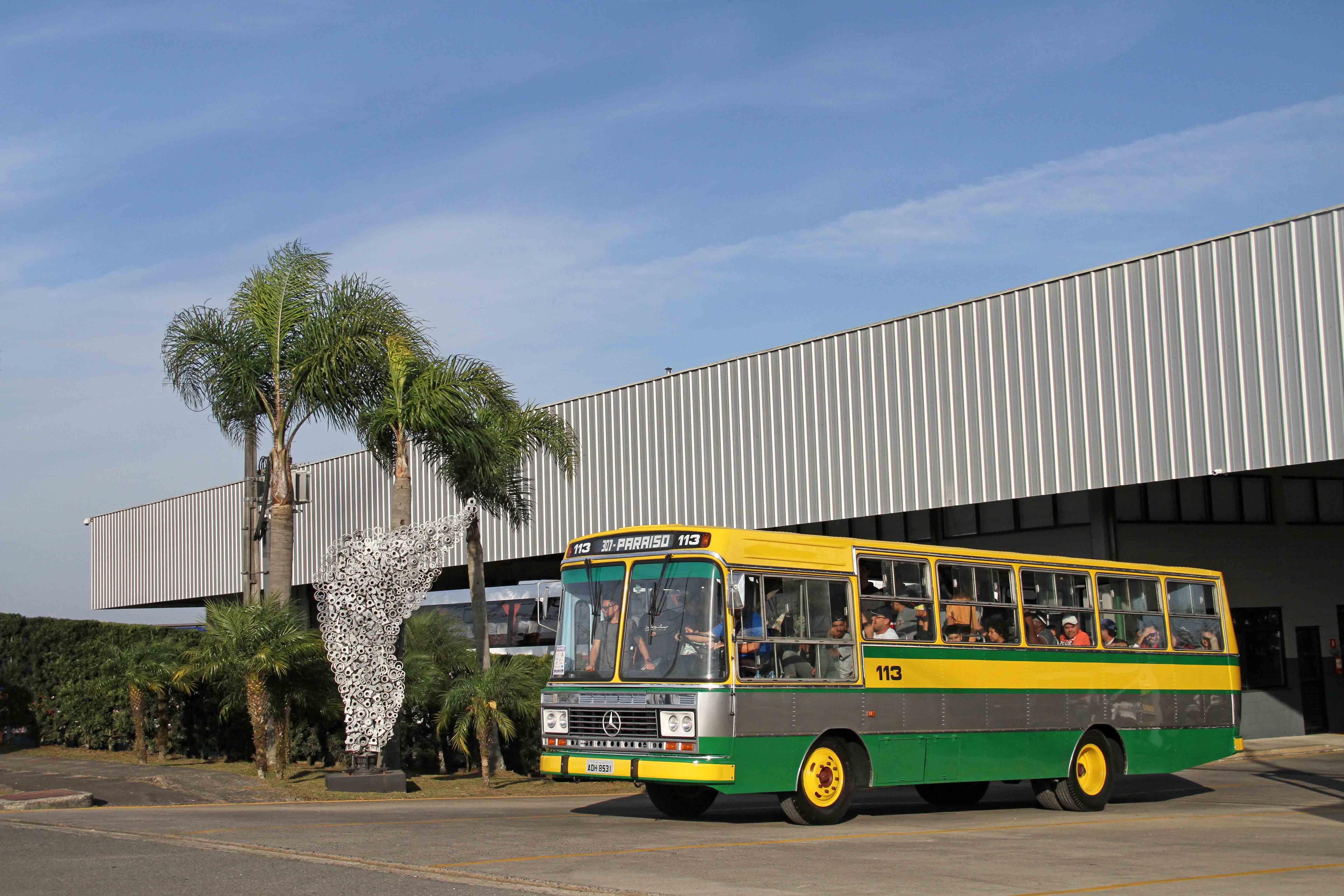 Exposição de Ônibus Exponi 500