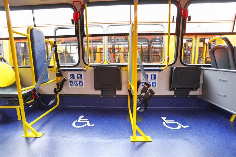 Cidade ônibus Deficiente