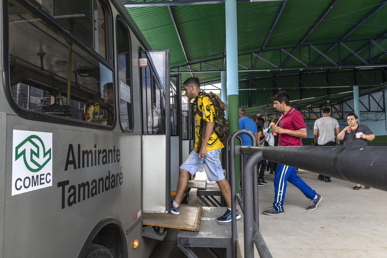 Campo Magro Reforço Linhas Metropolitanas