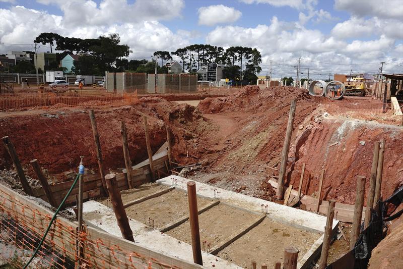 Terminal Tatuquara construção