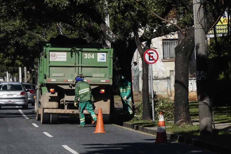 Árvores Curitiba Vendaval