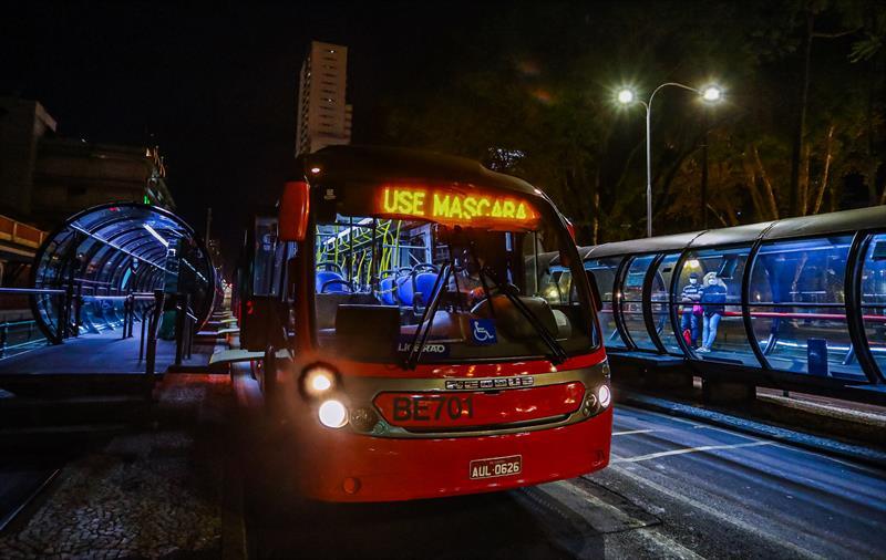 Ônibus 50 Máscara