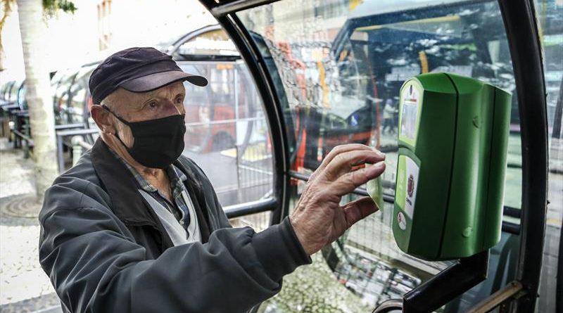 Idoso Ônibus Curitiba
