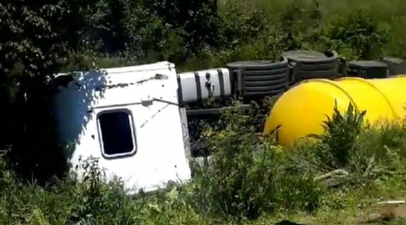 Caminhão-tanque Campo Largo