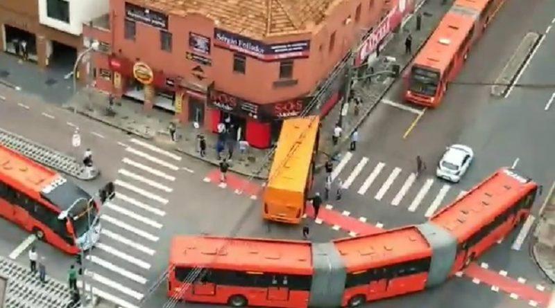 Ônibus Alferes Setembro