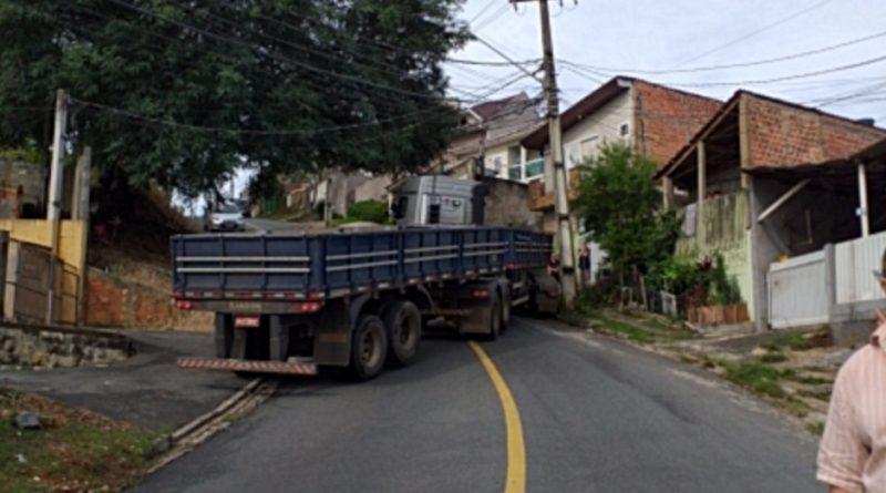 Caminhão Abranches