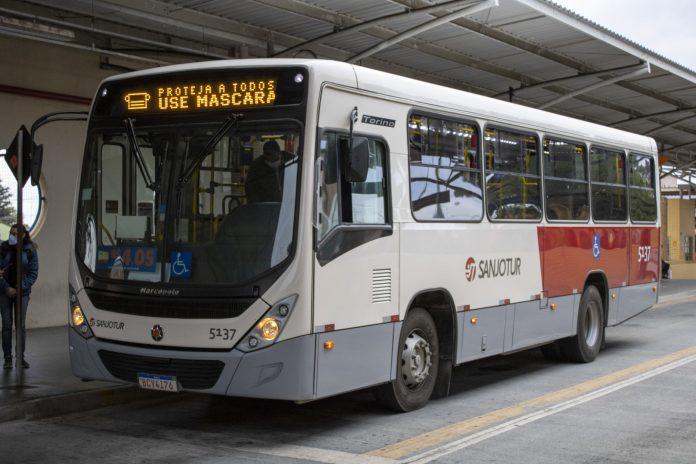Ônibus da Sanjotur Transporte